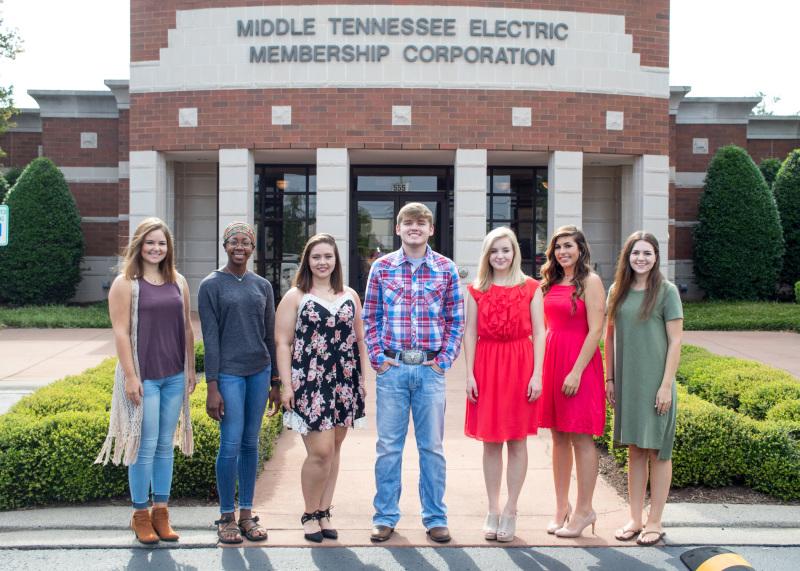 MTE SharingChange awards scholarships to Cannon student