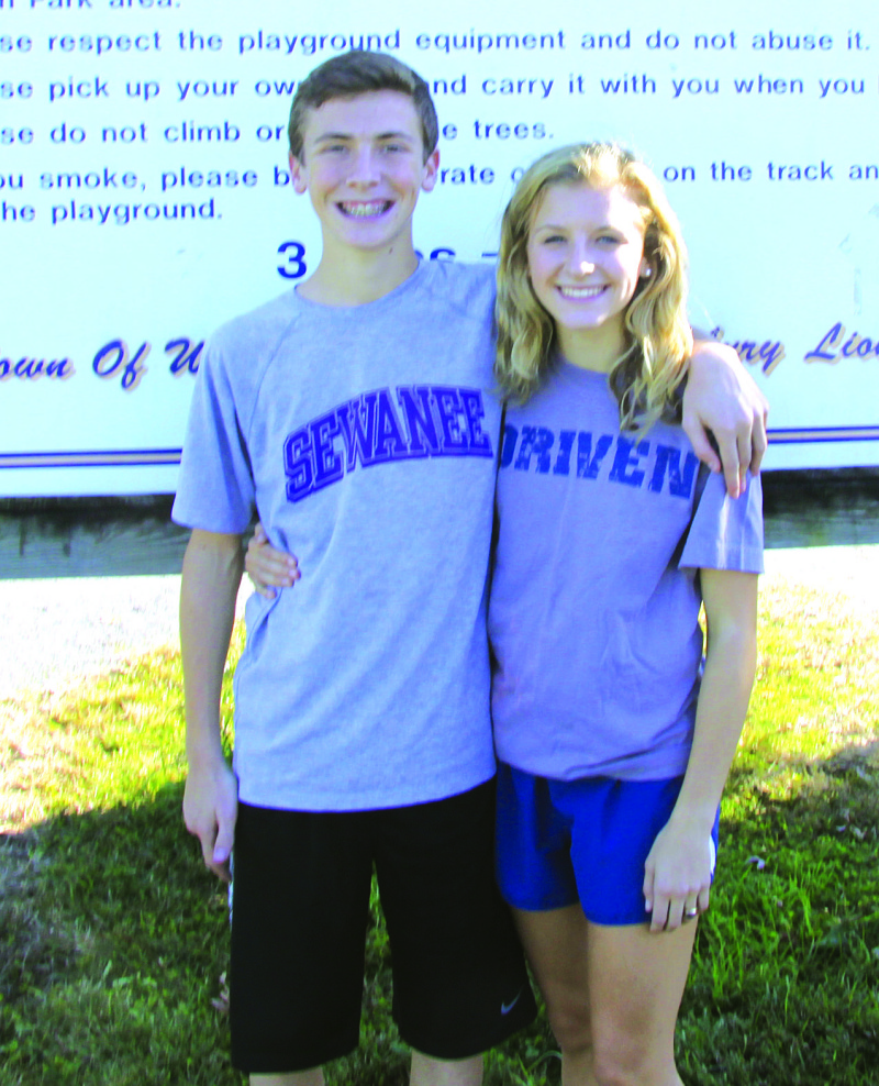 Siblings lead x-country
