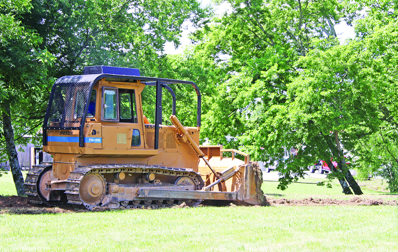 Work begins on x-country track