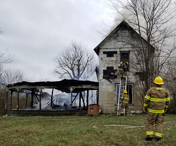 Fire destroys home in Bradyville