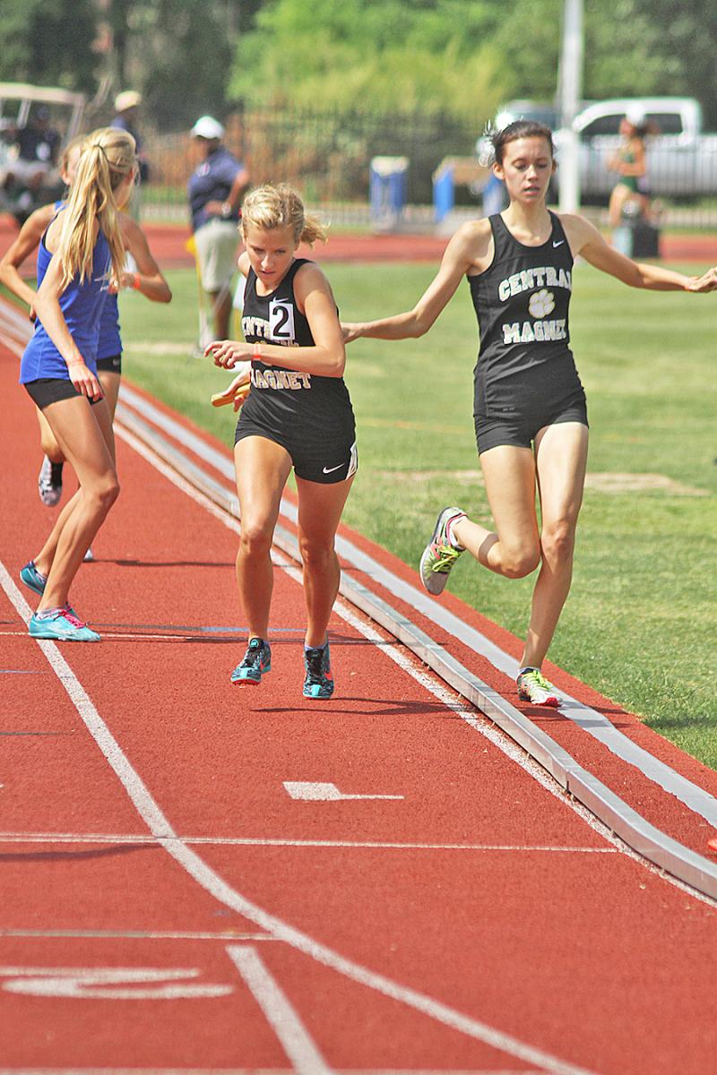 Hannah runs for silver | Hannah Whited, runs for silver