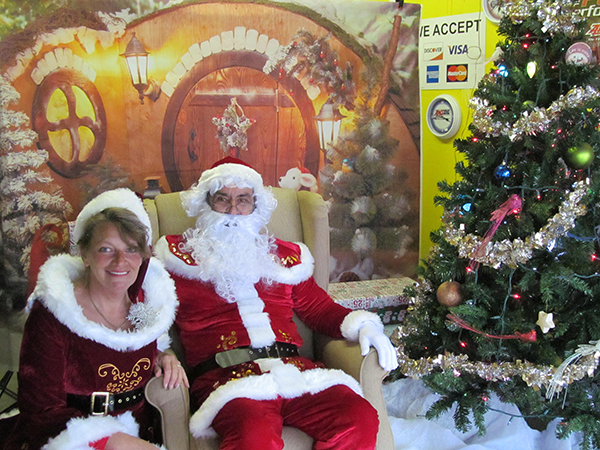 Santa and Mrs. Claus visit Woodbury Flea Market