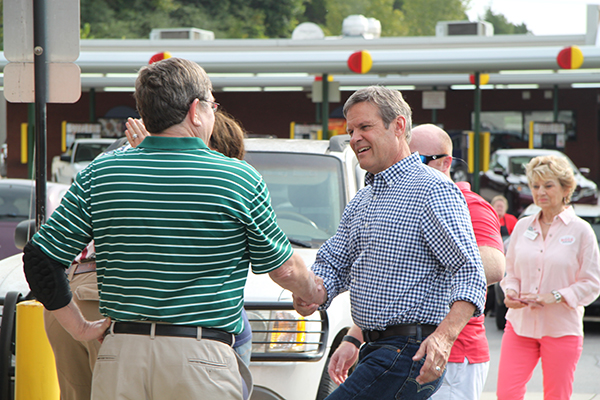 GOP candidate for governor visits Woodbury