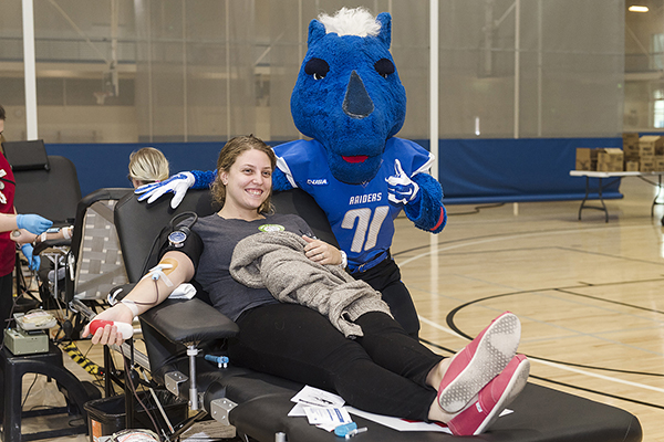 MTSU community 'Bleeds Blue' to help save another 1,300+ lives
