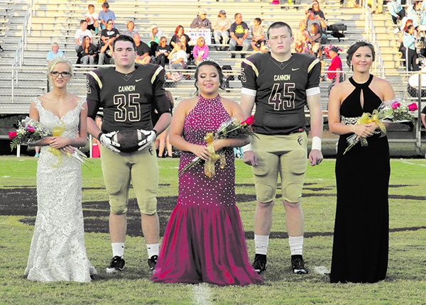 Jessie Arnold crowned Homecoming Queen