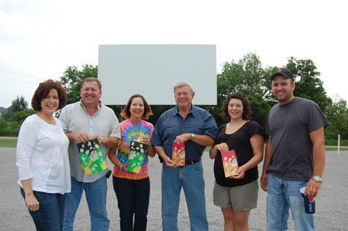 Higgins' Moonlite grabs movie fans | Moonlite Drive In