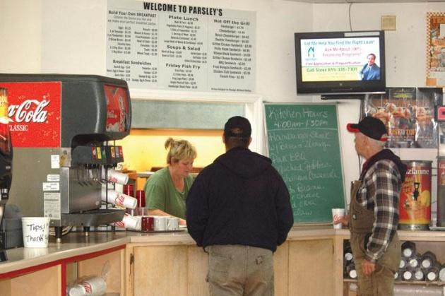 Food, fellowship draws fans to Parsley's | Parsley's Market