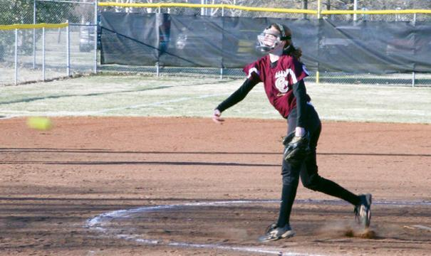 Lionettes sweep Community | Lionettes softball
