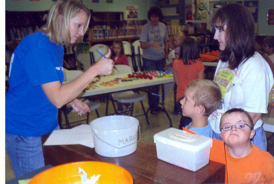 Auburn School Gives Sword Awards For Positive Behavior