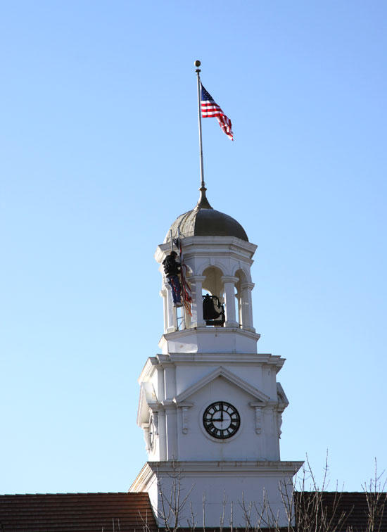 New Flag Flies Over Courthouse