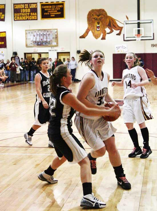 Lionettes hold off DeKalb County; Tigers scratch Lions