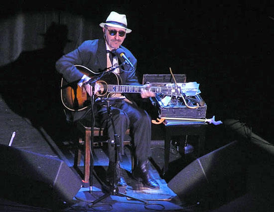 Rare Treat: Leon Redbone To Perform at Arts Center March 2