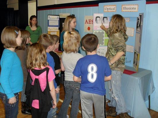 Auburn School Holds Science Fair