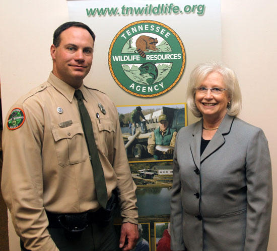 Sen. Beavers Supports TWRA With Purchase Of 2010-11 License