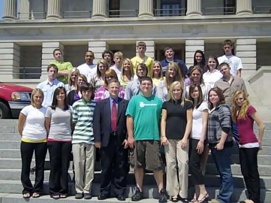 Cannon County High School U. S. Government Class Visits State Capitol