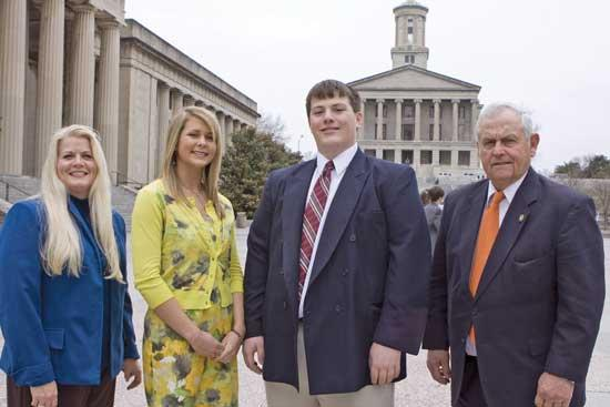 MTEMC Hosts Cannon County Students On State Capitol Tour