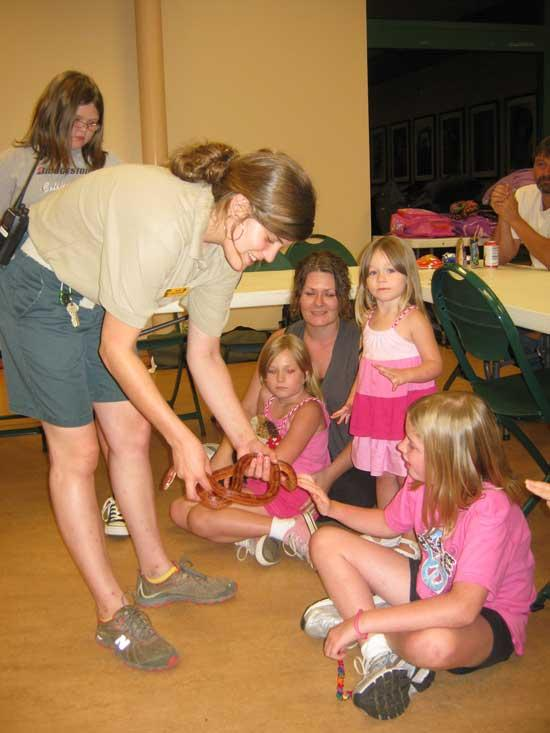 Brownie Girl Scouts Visit The Zoo