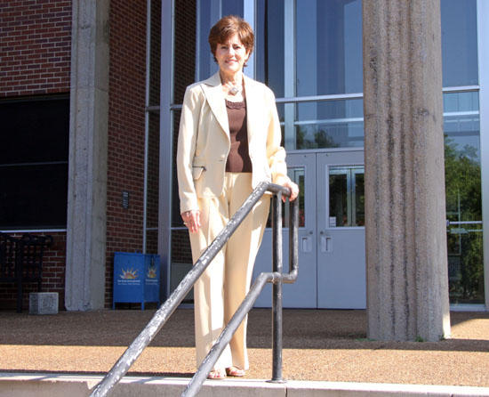 Woodbury Native Leaves MTSU A Rich(er) Place