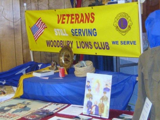 Lions Invite Veterans To Ride Along During Parade