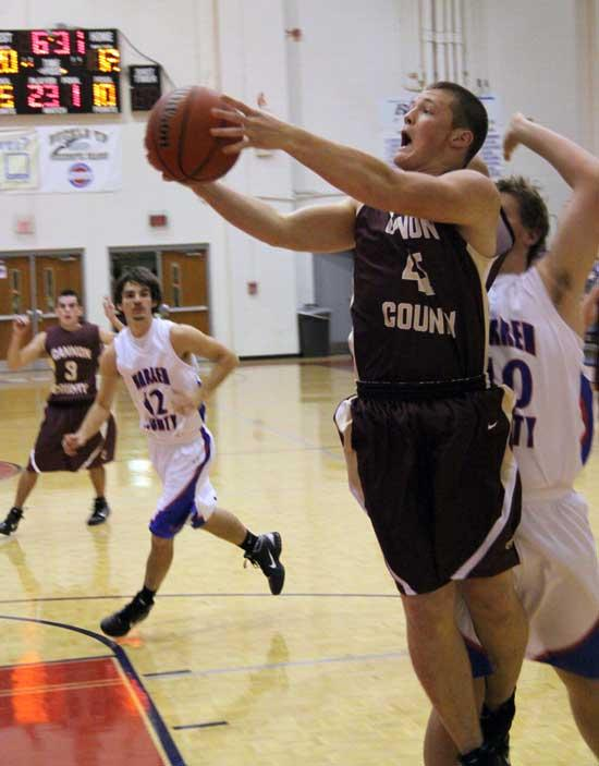 Cannon County Boys Gift-Wrap Win For Warren County
