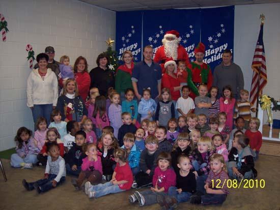 Tenneco Brings Christmas To Woodbury Children