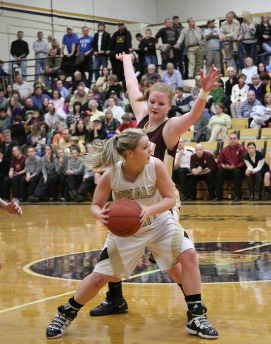 Six Lionettes Earn All-District Honors