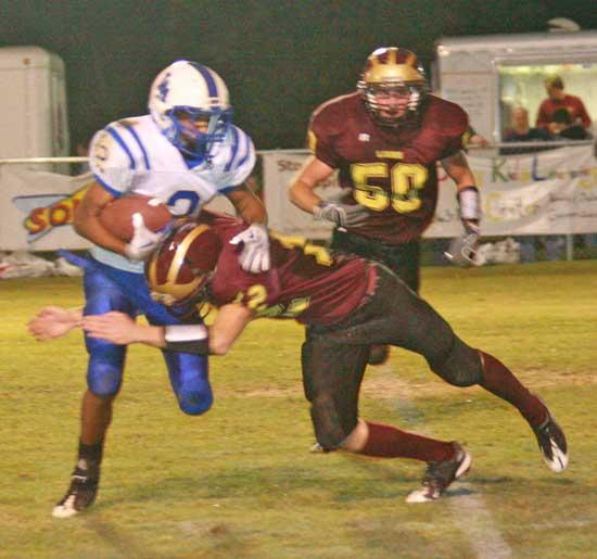 Lions Pick Off Livingston Academy, 22-6