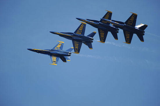 Great Tennessee Air Show Features Blue Angels