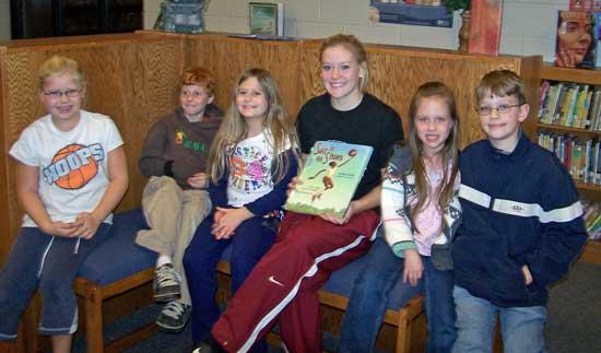 Sissom Is Guest Reader At Woodbury Grammar's Family Reading Night