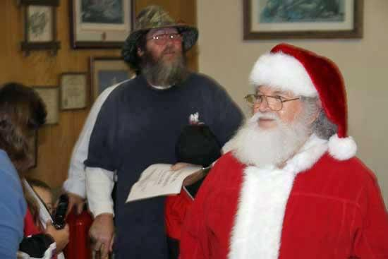 Country Christmas Comes To Cannon County