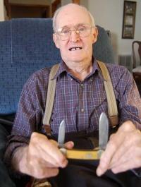 Trader Jim Reed Remains Sharp About Knives
