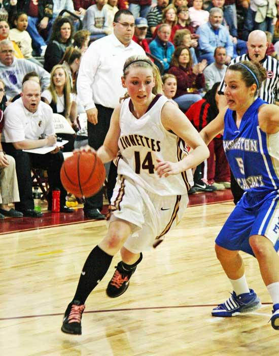 Lionettes Edge Livingston, Lions Clawed By Wildcats