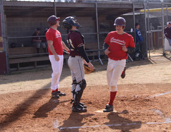 Alumni Baseball Game Kicks Off Season