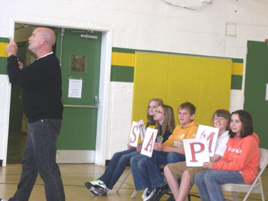 Short Mountain Students Stamp Out Bullying