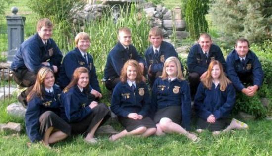 2010-2011 Woodbury FFA Officer Team Unites