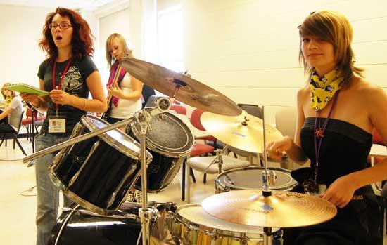Woodbury Girls Rock Away In Music Camp