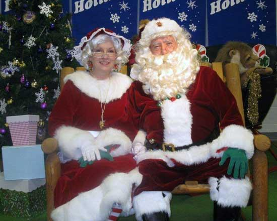 Christmas Parade One Of Largest In Recent Years