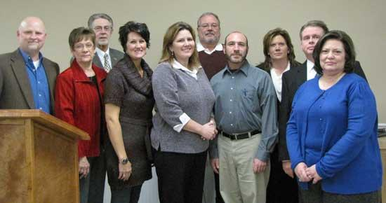 New Chamber Officers Installed At Banquet