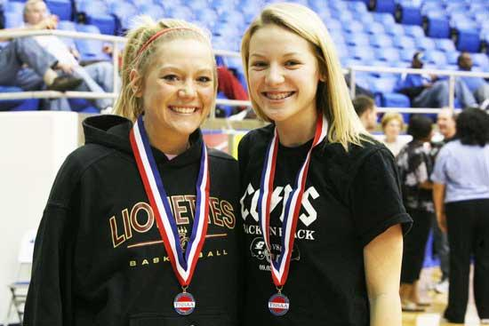 Sensational Sisters: Sissoms Named To All-State Tournament Team