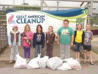 Youth Groups 'Clean Up' Cannon County