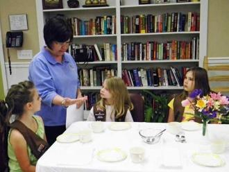 Girl Scouts Learn 'Manners Do Matter'