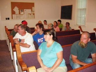 Bradyville Neighborhood Watch Learns About 911 Center