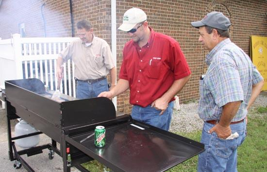 Beef Producers Meet At Woodbury Lions Club Building