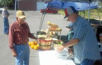 Find Fresh Fall Food At Farmer's Market