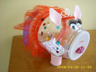FirstBank, UT Extension Sponsor Piggy Bank Contest