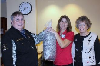Woodbury Lions Donate To Ronald McDonald Family Room
