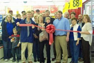 Save-A-Lot Holds Grand Opening
