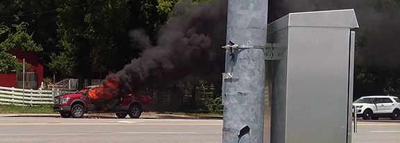 Truck catches fire in Woodbury