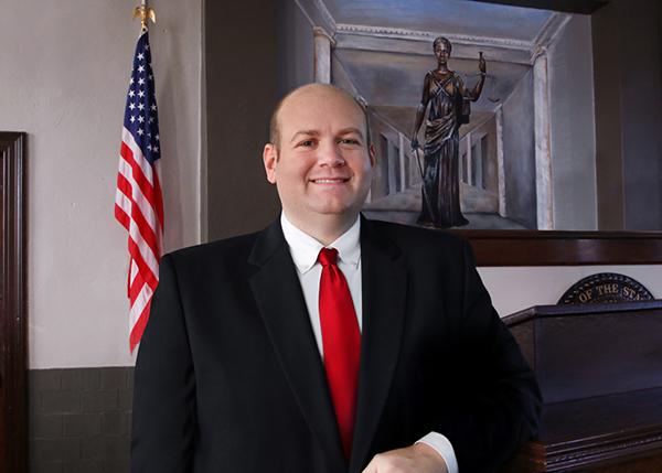 Nathan Nichols announces candidacy for Circuit Court Judge