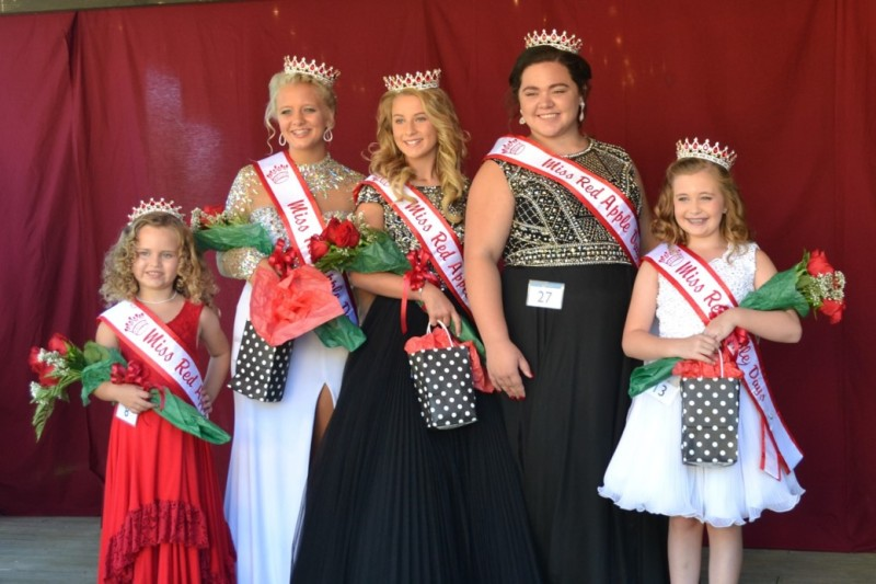 SLIDESHOW: 40th annual Red Apple Days